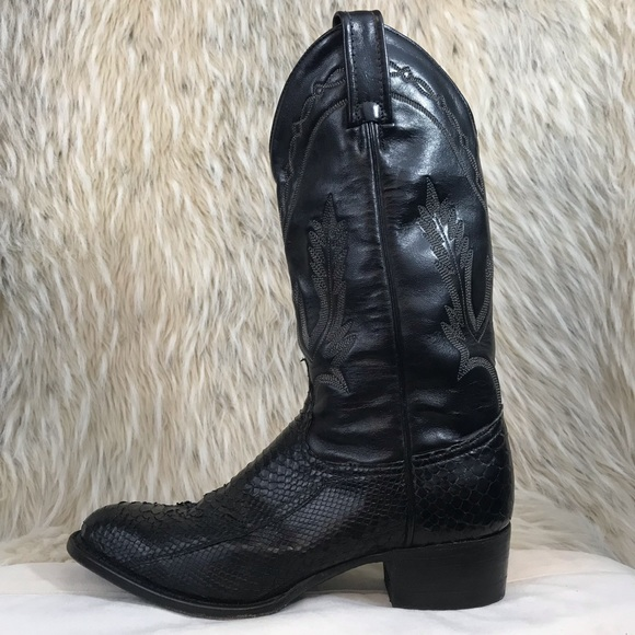 3b58dc3afaa Tony Lama Black snake skin cowboy boots pointed